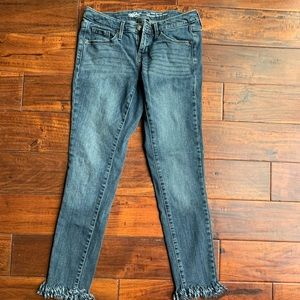Mossimo fray jeans 4/s